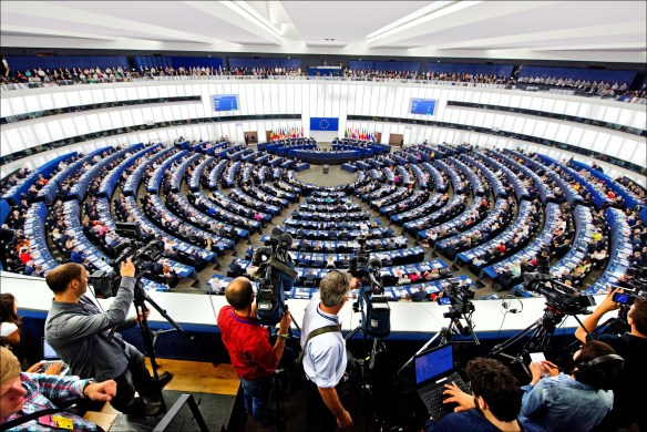 (c) EU 2014 - European Parliament. Debate and vote on Juncker for President of the EC. (CC-NC-ND license).