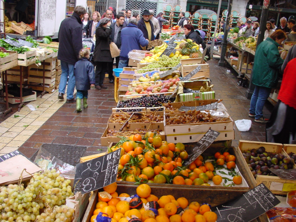 One of the infamous European markets (Grenoble).
